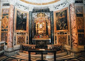 La Cappella del Sacro Cuore nella chiesa del Gesù a Roma ornata con il Ciclo francescano, realizzato tra la fine del XVI e l'inizio del XVII secolo;
