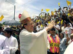 Oscar Andrés Rodríguez Maradiaga received by the faithful of Santa Rosa de Copán, in Honduras