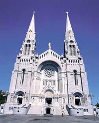 The basilica of Saint'Anne de Beaupré in Quebec City