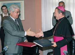 the Apostolic Nuncio to Israel, Andrea Cordero Lanza di Montezemolo and 