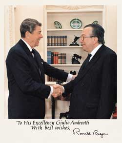 Ronald Reagan and Giulio Andreotti