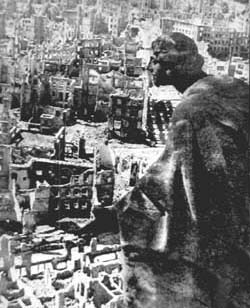 The city of Dresden razed to the ground by the bombing of 1945