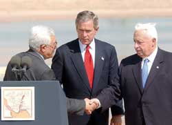 Mahmoud Abbas with George Bush 