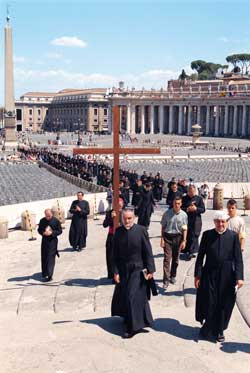 Members of the Saint Pius X Fraternity in procession toward the Holy Door of Saint Peter's Basilica on 8 August 2000