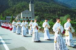Entry procession to a mass of the Saint Pius X Fraternity in Ecône in Switzerland