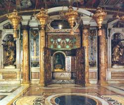 La Nicchia dei palli nella Basilica di San Pietro