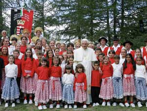 Benedict XVI with some children in Valle d'Aosta