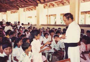 Don Ranjith during a meeting to promote the childhood mission, when Don Ranjith was director of the Pontifical Missionary works in Sri Lanka