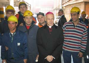 Bagnasco among workers of the Ilva company in Genoa