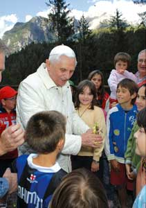 Pope Benedict XVI with the children