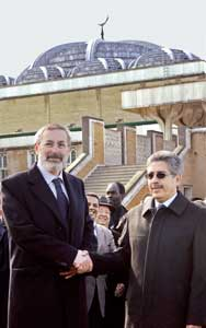 The Chief Rabbi of Rome, Riccardo Shmuel Di Segni, in visit to the Rome Mosque, with Abdullah Redouane, 