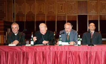 "The conference ""The heart and grace"" held in the Aula Magna of the Palazzo del Bo, Padua, 27 November 2007; from the left: Don Giacomo Tantardini, Cardinal Angelo Scola, Vincenzo Milanesi and Pietro Calogero"