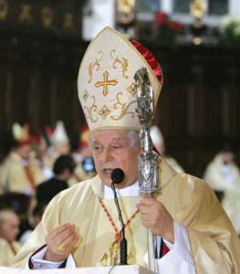Cardinal Glemp during the Holy Mass in the Cathedral of Saint John, in Warsaw, 7 January 2007, the day after the resignation of Monsignor Stanislaw Wielgus
