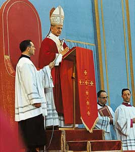 Paul VI pronounced the <I>Creed of the People of God</I> in Saint Peter's Square, on Sunday 30 June 1968