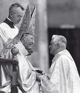 Pope Luciani and Cardinal Ratzinger [© AP/LaPresse]