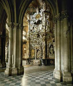 The <I>El transparente</I> altar (1730), by the sculptor Narciso Tomé in Toledo cathedral, Spain<BR> [© Lessing Photo/Contrasto]