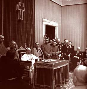 Pius XI during the inauguration of the second academic year of the Pontifical Academy of Sciences in 1938 <BR>[© Osservatore Romano]