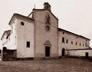 La chiesa e il convento dei Cappuccini a Padova, fotografati prima della loro distruzione nel bombardamento aereo del 14 maggio 1944