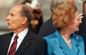 Mitterrand and British Prime Minister Margaret Thatcher, the most stubborn opponent of German unification <BR>[© Afp/Grazia Neri]