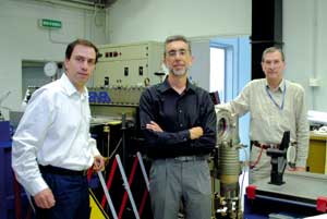The working group that conducted the experiments. From left to right: Daniele Murra, Paolo Di Lazzaro, Giuseppe Baldacchini [© ENEA]