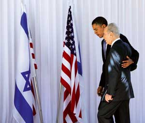 Shimon Peres with Barack Obama in Jerusalem, 23 July 2008 [© Associated Press]