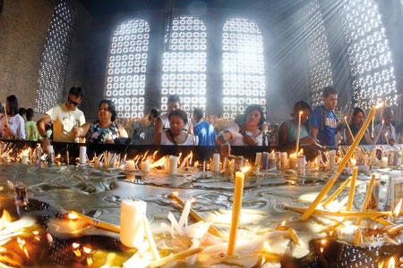 Fedeli brasiliani presso il Santuario di Nostra Signora di Aparecida [© Associated Press/LaPresse]