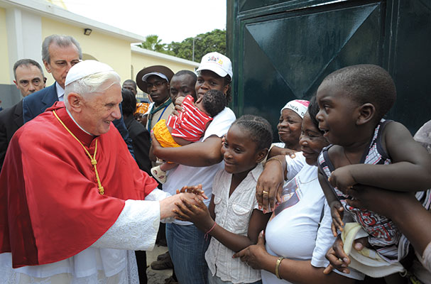 Benedict XVI during his trip to Cameroon and Angola in March 2009; the Pope returns to the African continent on the apostolic visit in Benin, 18 to 20 November 2011 <BR>[© Osservatore Romano]