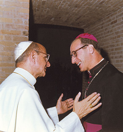 Roger Etchegaray with Paul VI during the first Synod of Bishops, after the Council in Autumn 1967 [© Roger Etchegaray]