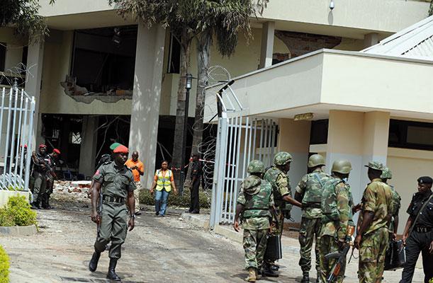 La sede delle Nazioni Unite di Abuja, devastata dall'attentato del 26 agosto 2011 in cui sono rimaste uccise 18 persone. Anche quella strage fu rivendicata dal gruppo fondamentalista Boko Haram [© Getty Images]
