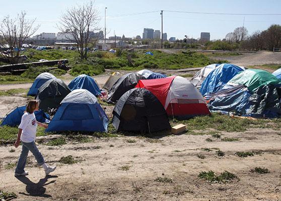 Tendopoli di senzatetto a Sacramento dopo la crisi finanziaria dei <I>subprime</I> <BR>[© Associated Press/LaPresse]