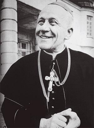 Il 29 maggio 1945 Josef Beran tornò a Praga, distrutta dalla guerra. Il 4 novembre 1946 Pio XII lo nominò arcivescovo di Praga, e quindi primate della Chiesa cecoslovacca. L'8 dicembre 1946 fu consacrato nella Cattedrale di Praga dall'arcivescovo Saverio Ritter