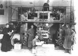 Jovens órfãos trabalhando na tipografia